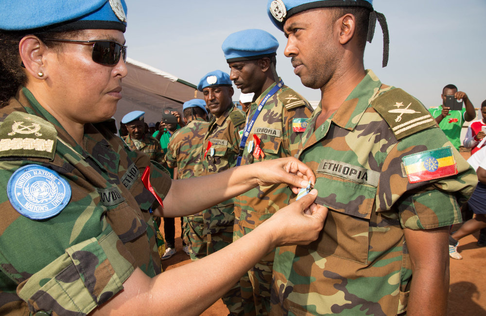 During the medal ceremony, Gen Gebrekidan honored the peacekeepers who have contributed valuable support in building basic infrastructure, providing health services, communication and force protection.