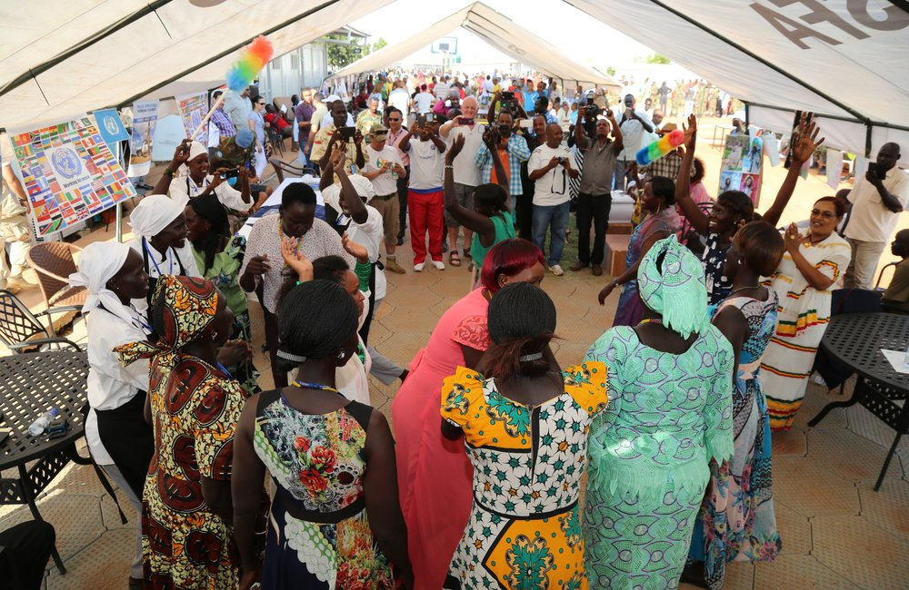 In UNISFA, the celebration of UN Staff Day on 24 October 2016 was highlighted with various activities showing staff's strong camaraderie through sports, cultural music and dances, and culminating with a dinner prepared by staff.